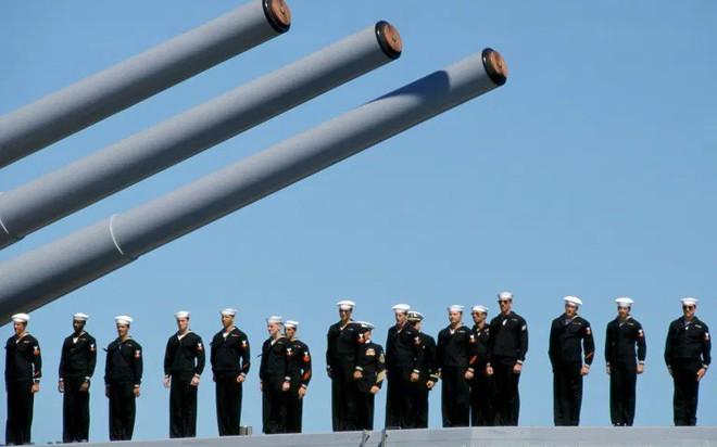 Trung Quốc bị tố theo dõi tình báo đối với hải quân Australia - Ảnh 1.