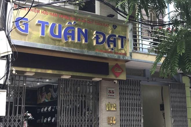 Hà Nội: Công an điều tra vụ tiệm vàng ở Sơn Tây báo mất trộm 350 cây vàng trong đêm mưa - Ảnh 1.
