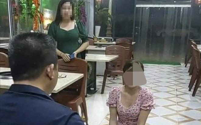 Vụ cô gái quỳ trong quán nướng bị chửi bới, đe doạ: Công an triệu tập chủ quán lên làm việc