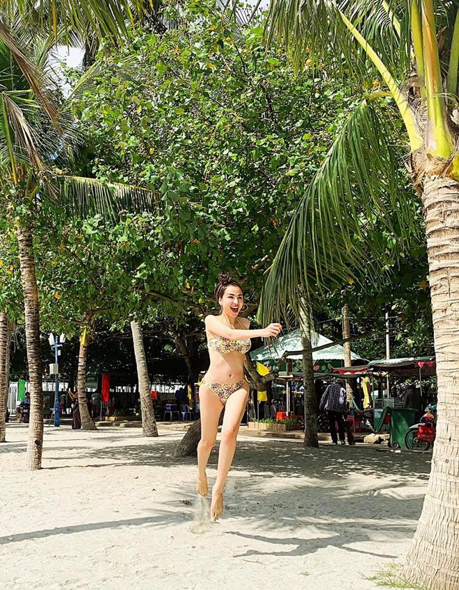 Hoa hậu Diễm Hương tung loạt ảnh bikini nóng bỏng - Ảnh 4.
