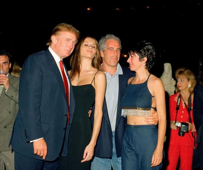 Ông Clinton phủ nhận cáo buộc đặt chân lên đảo ấu dâm - ảnh 1