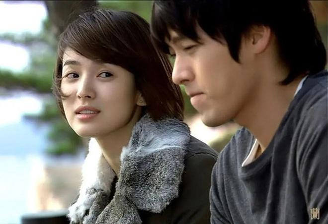 Loạt khoảnh khắc ngọt ngào giữa Song Hye Kyo - Hyun Bin sau 10 năm xem lại vẫn mê mẩn - Ảnh 14.