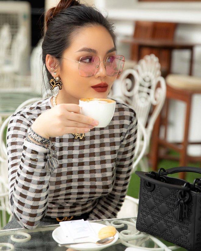 Cô con gái của vua ô tô Việt lọt Top 4 rich kid được báo châu Á gọi tên có cuộc sống sang chảnh cỡ nào? - Ảnh 10.