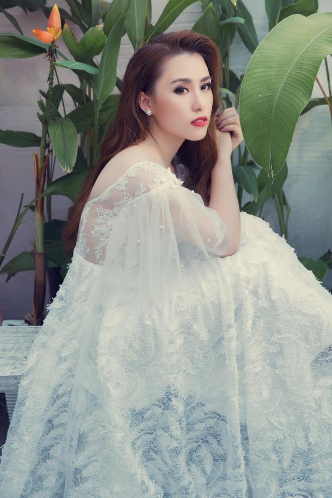 """Phương Nga - Á quân khiến Hồ Quỳnh Hương tự nguyện """"buông mic"""" khi hát cùng là ai? - Ảnh 1."""
