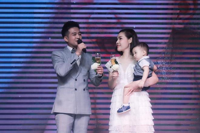 Nhiều biến cố, thử thách khủng khiếp nhưng 2 cặp đôi này có tình yêu đẹp nhất showbiz Việt - Ảnh 6.