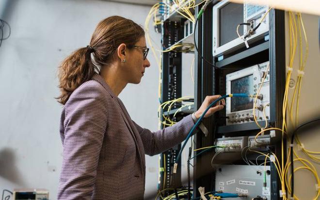 Kỷ lục thế giới mới về tốc độ Internet vừa được xác lập - Ảnh 1.