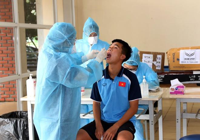 U19 Việt Nam âm tính với COVID-19 - Ảnh 1.
