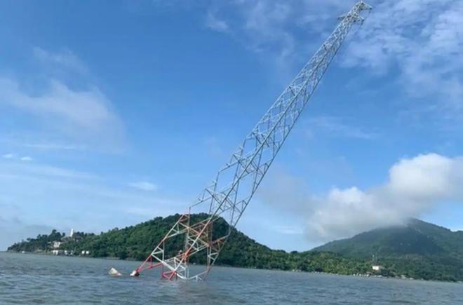 Tìm được thủ phạm đâm nghiêng trụ điện vượt biển đang lẩn trốn ở Phú Quốc - Ảnh 3.