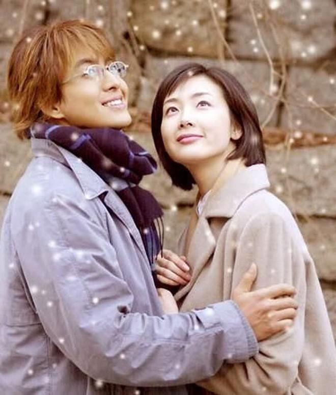 Bốn nữ thần trong series phim 4 mùa đình đám Hàn Quốc: Son Ye Jin - Song Hye Kyo vướng tin đồn tình ái với cùng một người, Choi Ji Woo viên mãn bên chồng con, còn người cuối cùng vẫn im hơi lặng tiếng - Ảnh 9.