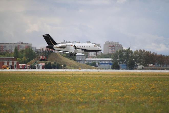 Bệnh viện Nga cho phép chính trị gia đối lập Navalny bay đến Đức điều trị - Ảnh 1.