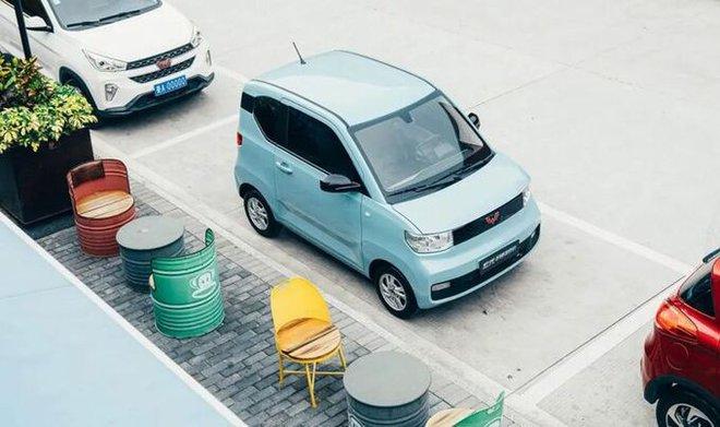 Cận cảnh ô tô điện giá 96 triệu đồng của Trung Quốc, nhái Kia Morning - Ảnh 2.
