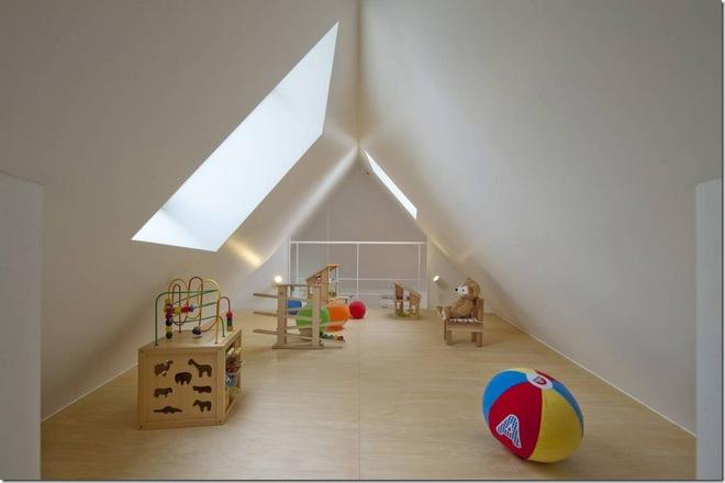 Căn nhà 2 tầng hình tam giác rộng 29m² tiện nghi, thoáng sáng bất ngờ - Ảnh 10.