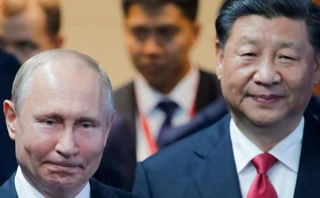 """""""Súng ống"""" Nga chinh phục Trung Đông vẫn thua kém """"hầu bao đầy ngân lượng"""" của Trung Quốc?"""