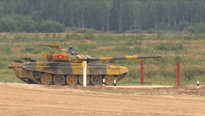 Ra quân thi đấu trận đầu tại Tank Biathlon 2020: Việt Nam tiến lên - Bắt đầu xuất phát! - Ảnh 2.
