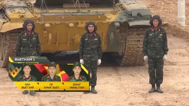 Đại tá Nguyễn Khắc Nguyệt: Thần tốc, bắn chuẩn, Việt Nam xuất sắc cán đích đầu tiên tại Tank Biathlon 2020 - Ảnh 1.