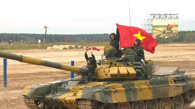 Ra quân thi đấu trận đầu tại Tank Biathlon 2020: Việt Nam tiến lên - Bắt đầu xuất phát! - Ảnh 3.