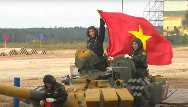Xuất sắc, rất xuất sắc, Việt Nam dẫn đầu rồi: Hạ gục toàn bộ 5/5 bia, về đích đầu tiên! - Ảnh 1.