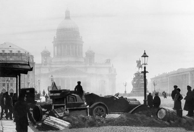 St. Petersburg thành Leningrad và cơn sốt ở Liên Xô: Vì sao Moscow không được đổi tên theo Lenin hay Stalin? - Ảnh 2.