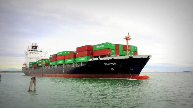 Vũ khí bí mật ẩn mình trên tàu buôn Mỹ có thể tung đòn bất ngờ, khiến TQ trở tay không kịp - Ảnh 2.