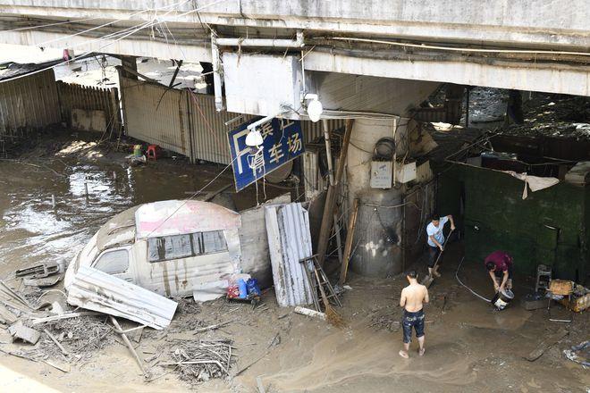 Trữ lượng hồ chứa đập Tam Hiệp gấp 2.000 lần trữ lượng nước Tây Hồ, người Trùng Khánh vất vả thu dọn tàn tích - Ảnh 6.