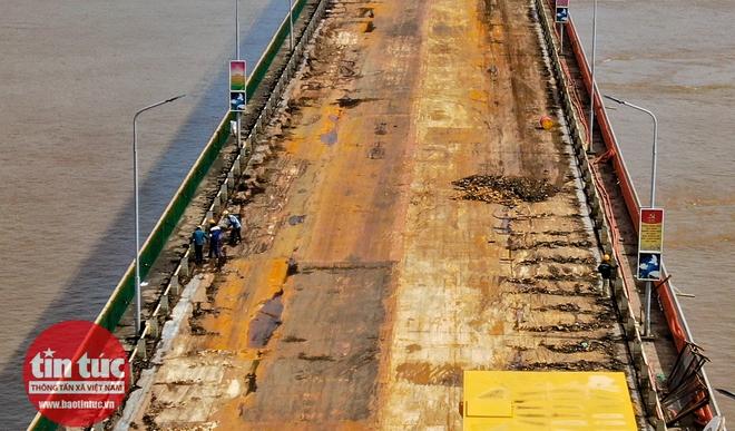 Toàn cảnh công trường sửa chữa cầu Thăng Long - Ảnh 6.