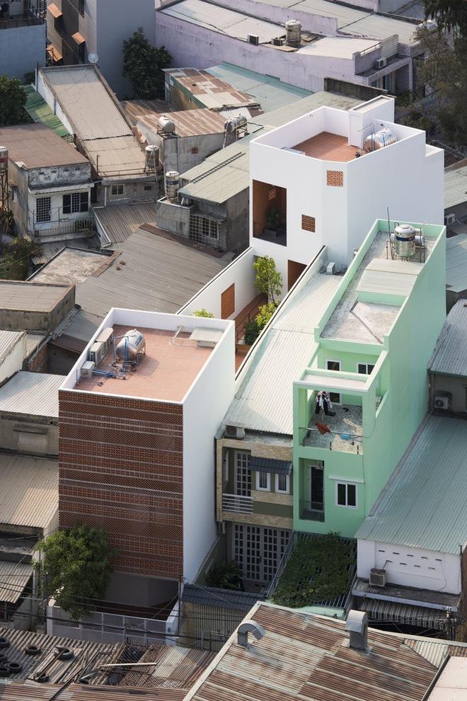 Ngôi nhà 7 phòng và tấm bình phong giá rẻ tại Bình Thạnh trên báo ngoại - Ảnh 3.