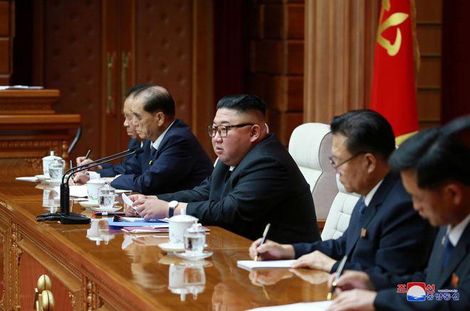 Bộ máy lãnh đạo Triều Tiên bước vào cuộc thay máu quan trọng: Ông Kim Jong-un đang san sẻ quyền lực? - Ảnh 1.