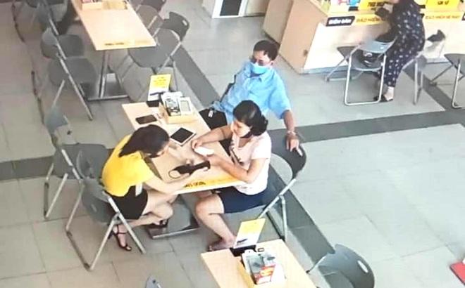 Bé gái 14 tuổi mất tích, camera siêu thị điện máy ghi lại hình ảnh người đàn ông đưa bé tới mua điện thoại - Ảnh 1.
