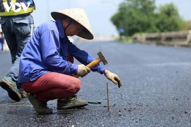 Toàn cảnh đại công trường sửa chữa cầu Thăng Long, Hà Nội - Ảnh 15.