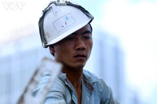 Toàn cảnh đại công trường sửa chữa cầu Thăng Long, Hà Nội - Ảnh 20.