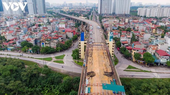 Toàn cảnh đại công trường sửa chữa cầu Thăng Long, Hà Nội - Ảnh 10.