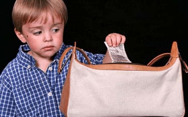 3 việc cha mẹ không nên làm nếu thực sự biết nghĩ cho tương lai của con cái