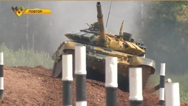 Kíp 2 xe tăng Việt Nam thi đấu Tank Biathlon 2020: Xuất sắc cán đích đầu tiên - Vươn tới đỉnh cao - Ảnh 4.