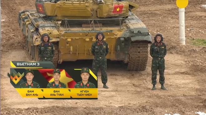 Đại tá Nguyễn Khắc Nguyệt: Vượt qua sự cố, kíp Việt Nam 3 thi đấu cực hay tại Tank Biathlon 2020 - Ảnh 1.