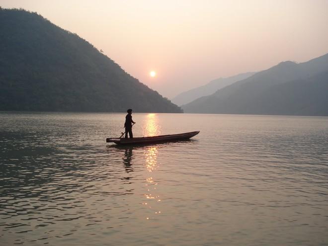 Khoe khả năng vượt sông chỉ bằng 1 cây lau, hòa thượng không nói lên lời khi bị hỏi vặn lại 1 câu và hồi kết đáng ngẫm - Ảnh 4.