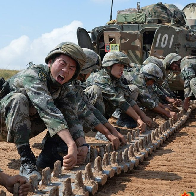 Sau 40 năm nỗ lực hiện đại hóa, QĐ Trung Quốc vẫn chưa khắc phục được mắt xích yếu nhất? - Ảnh 2.
