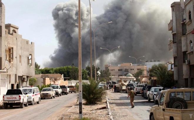 Libya đối mặt với cuộc chiến quy mô tại Sirte