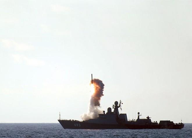 Nga chào hàng tàu Gepard mang 24 tên lửa Kalibr: Đột phá lớn - Xứng tầm soái hạm mini - Ảnh 4.