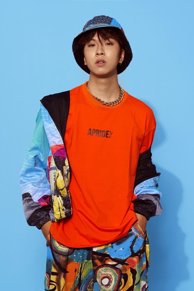 Danh tính thí sinh gây sốt khi mang xẩm lên sân khấu Rap Việt - Ảnh 2.