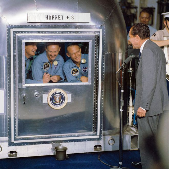 NASA tiến hành làm sạch cho tàu thăm dò Perseverance trị giá 2,4 tỷ USD như thế nào? - Ảnh 10.