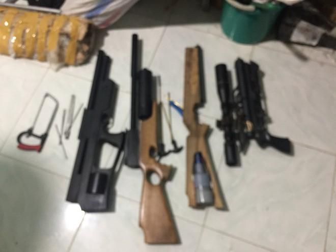 Thuê nhà để chế tạo, sản xuất súng trái phép - Ảnh 1.