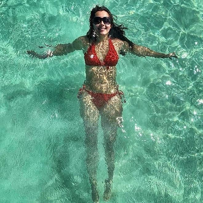 Nhan sắc nóng bỏng, lai Tây của Hoa hậu Hong Kong 2020 - Ảnh 10.
