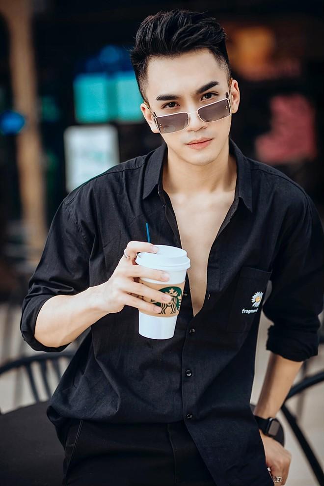Chân dung chàng ca sĩ hát hit của Hồ Ngọc Hà được Trấn Thành liên tục khen đẹp trai quá - Ảnh 4.