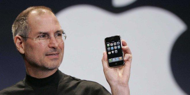 Tesla đang đi trên con đường của Apple và Elon Musk cuối cùng sẽ trở thành Steve Jobs - Ảnh 3.