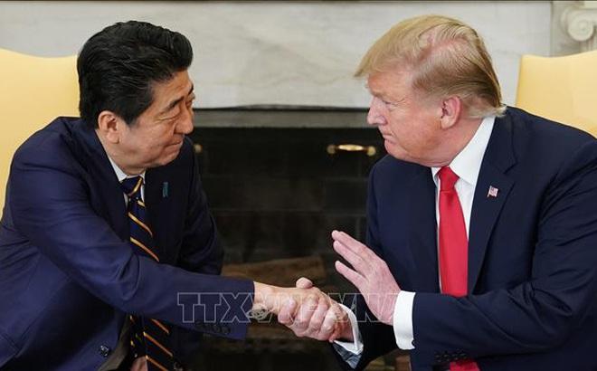 Thủ tướng Shinzo Abe điện đàm với Tổng thống Mỹ về quyết định từ chức