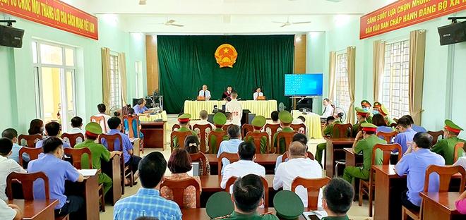 Phạt 25 năm tù 6 thanh niên Quảng Ninh lập đường dây đưa người Trung Quốc vào Việt Nam - Ảnh 2.