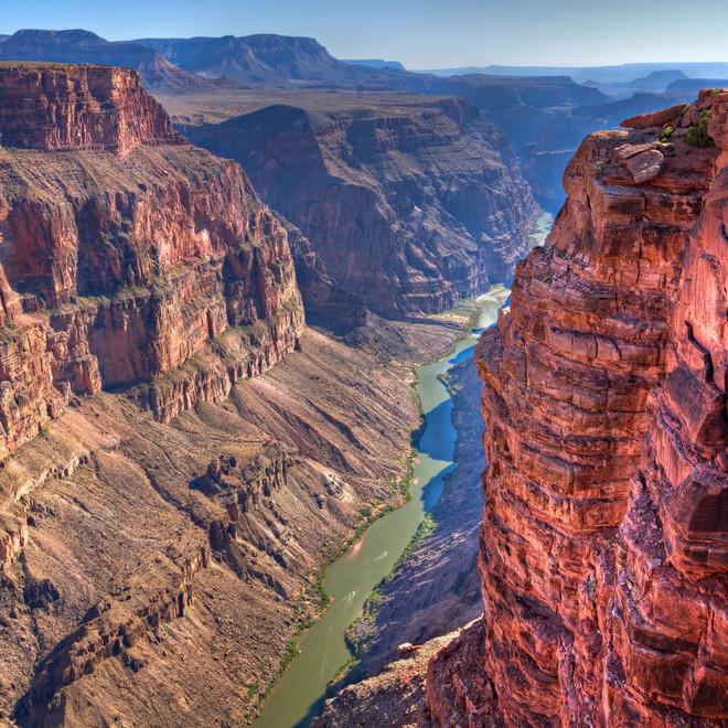 Huyết mạch khổng lồ 2.300 km của Mỹ có nguy cơ bốc hơi hoàn toàn: Điều gì đang diễn ra? - Ảnh 1.