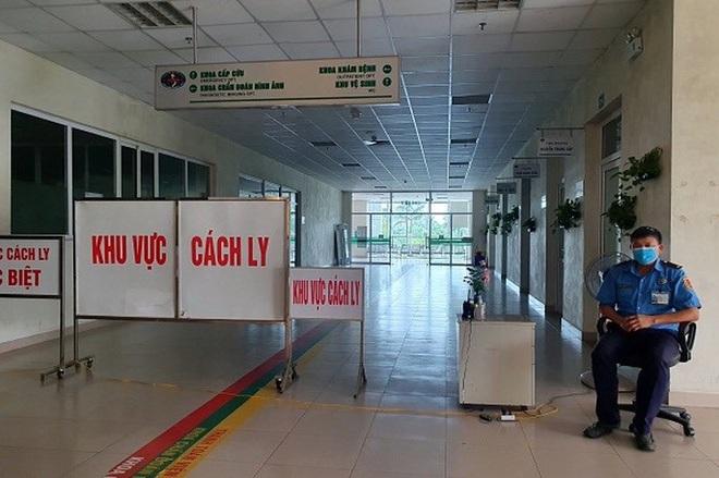 Thêm 18 ca mắc COVID-19 mới, 17 ca liên quan BV Đà Nẵng; Hà Nội tìm khách đi chung xe với BN620 từ Đà Nẵng về Bến xe Nước Ngầm - Ảnh 1.