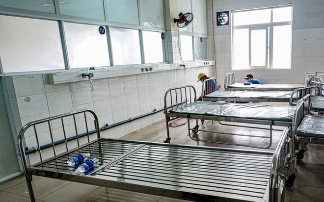 Bên trong Bệnh viện dã chiến Hòa Vang, điểm nóng nhất Đà Nẵng - Ảnh 5.