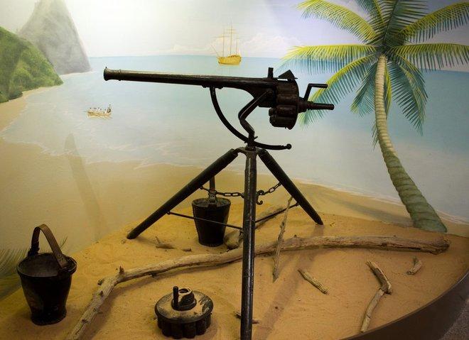 Những khẩu súng phá vỡ mọi tiêu chuẩn trên thế giới - Ảnh 7.